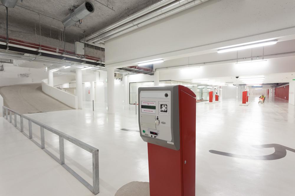 parking les quinconces p2 en sous sol stationnement gratuit le dimanche matin jour de march. Black Bedroom Furniture Sets. Home Design Ideas