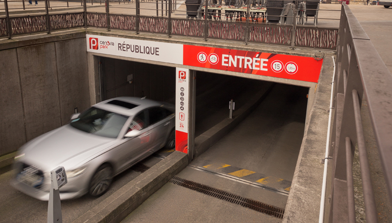 Parking Republique